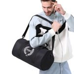 Wholesale travel overnight duffle bag custom logo polyester outdoor fitness gym bag sport water resistant